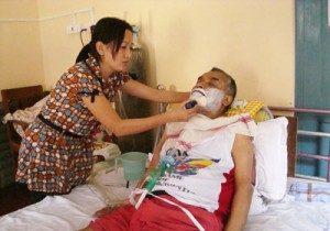 Senior-care-grooming